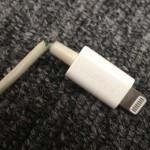 iPhoneの充電コード切れた!補強に丁度いいサイズのボールペンバネはこれ!